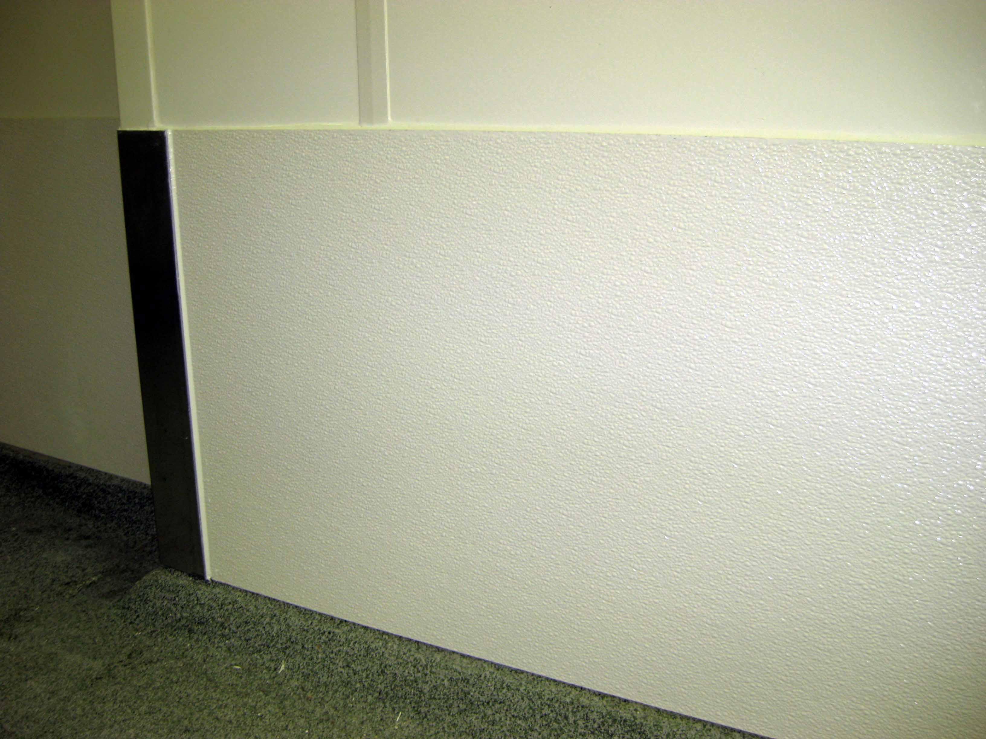 Rammschutz aus kunststoff farben unsere grauen als wand und rammschutz in garagen und - Wandschutz kunststoff ...